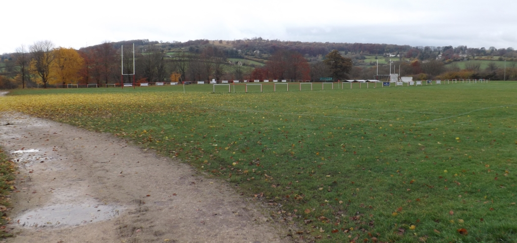 Broadham Fields (01-04) - Entrance & Driveway